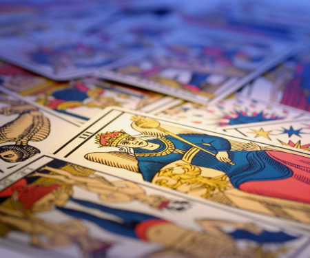 Neshla Avey learn the tarot weekend course