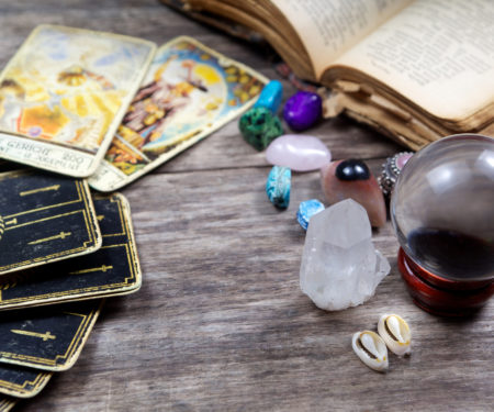 Neshla Avey intro into the psychic world workshop